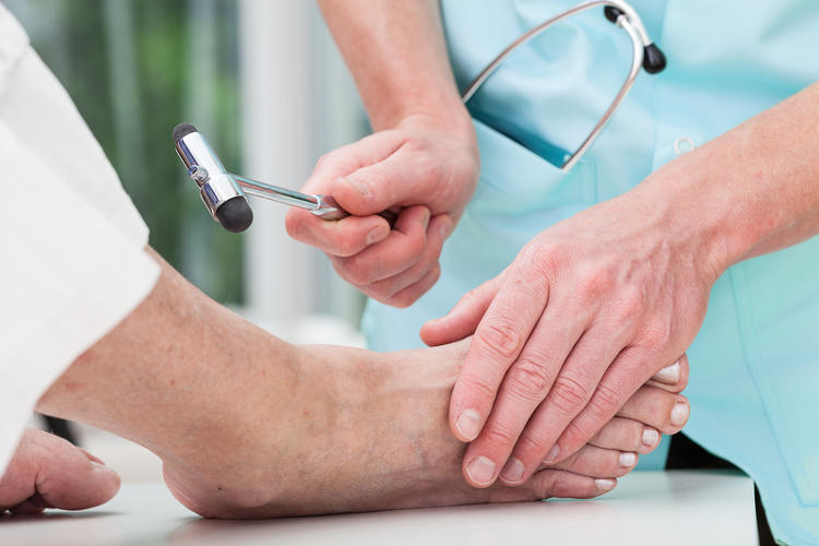 Diabetic conditions affecting the legs and feet - myDr com au